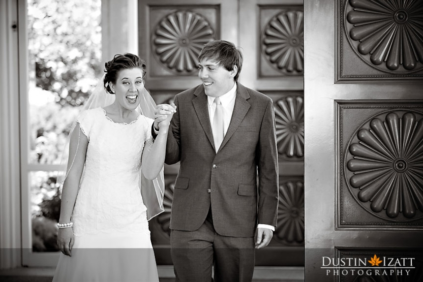 Bountiful Utah LDS Temple Wedding Photography by Photographer Dustin Izatt